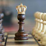 戦略と戦術 がん治療 優先すべきはどちら?